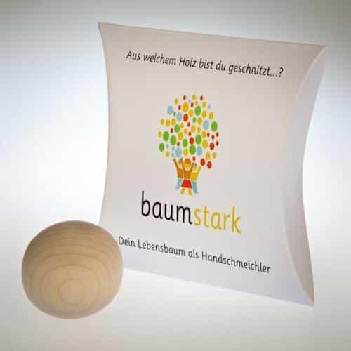 Baumstark Handschmeichler Buche aus Holz - 22. Dezember Geschenk - Idee - Vorderseite