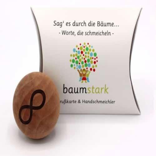 Grußkarte - Box mit Handschmeichler Apfelbaum - Vorderseite - Geschenk aus Holz
