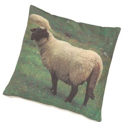 Zirbenkissen mit Zirbenspänen Schaf & Wiese - Kissen