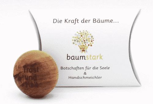 Seelenschmeichler Nußbaum - Trost & Halt - Holz - Geschenk