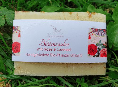 Bio Seife Blütenzauber mit Rose & Lavendel - Küstenseife 80 g