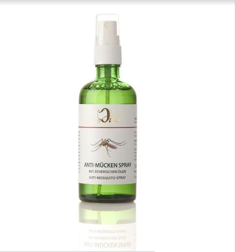 Anti-Mückenspray mit ätherischen Ölen