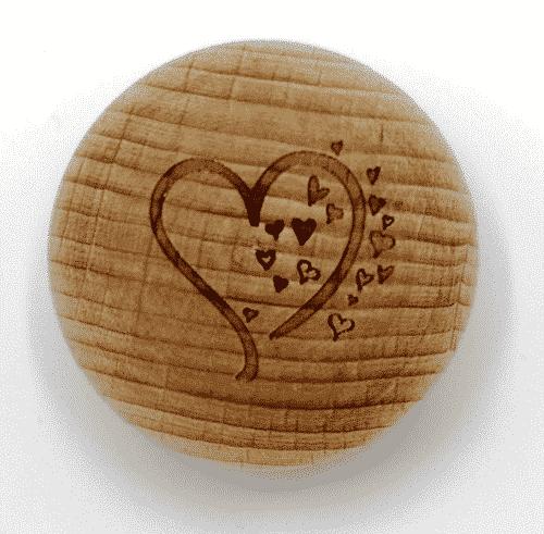 Handschmeichler Buche - Herz - Baumstark Initiative - Geschenk aus Holz